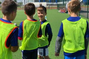 Юные футболисты на сборе в Парамоново
