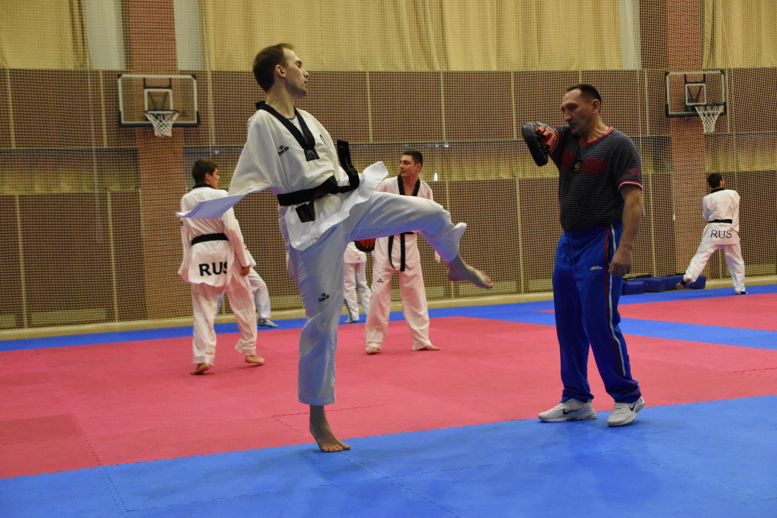 Тхэквондо ПОДА готовится в «Парамоново» к Чемпионату Европы