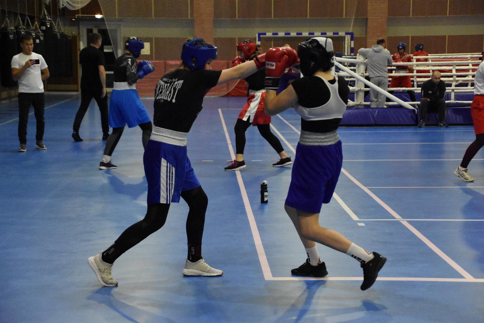 Тренировочное мероприятие молодежной женской сборной в Парамоново